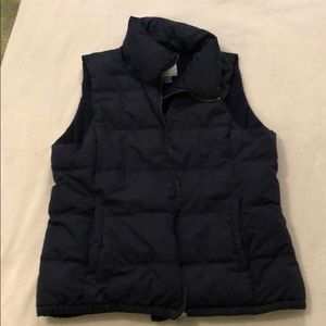 Old navy sz xl puffer vest- like new